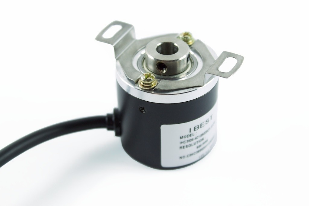 500 Line 8 mm Internal Hollow Diameter Rotary Encoder with Flex Bracket Flange